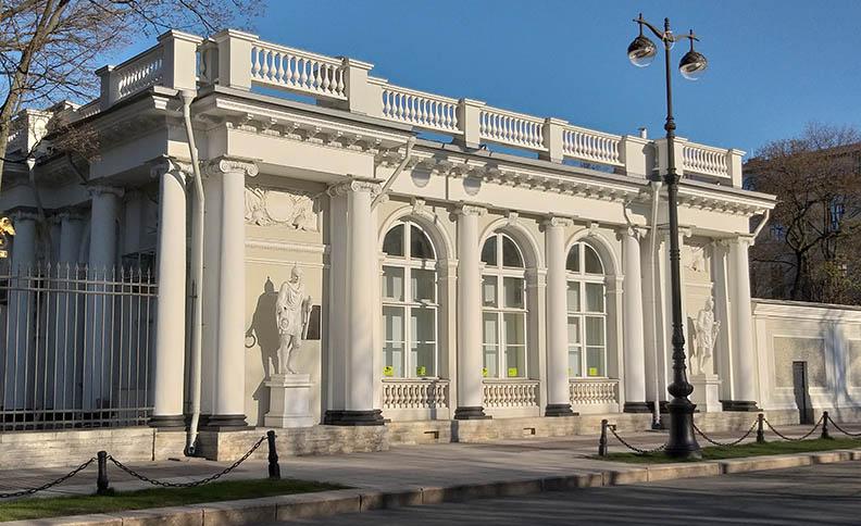 The Anichkov palace